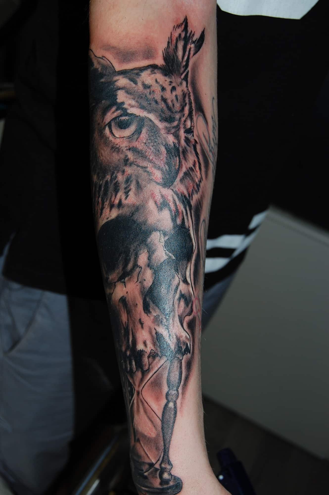 tattoo galerie la tortura tattoo und piercing studio oberhausen. Black Bedroom Furniture Sets. Home Design Ideas
